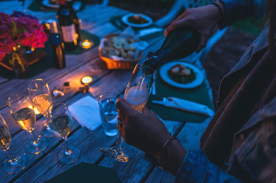 Your Ultimate Guide To Hosting A Stress-Free Dinner Party